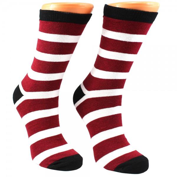 Kırmızı Beyaz Çizgili Çorap